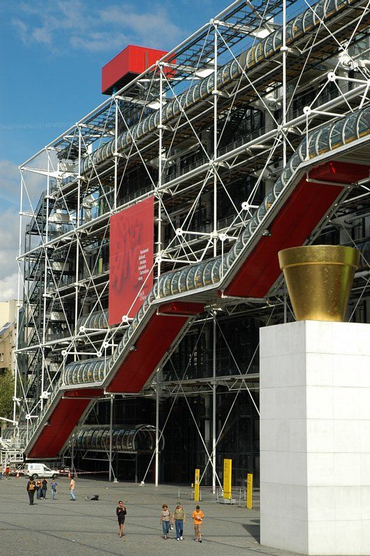 Pompidou Centre opens in 1971; architects Richard Rogers and Renzo Piano.