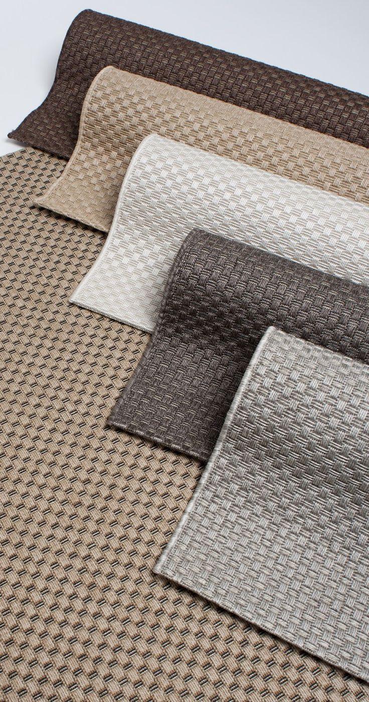 Louhi on yksi suosituimmista matoista ulkokäyttöön. Sen koripohjamainen punos muistuttaa hyvin pitkälti sisal-mattoa. www.mattokymppi.fi
