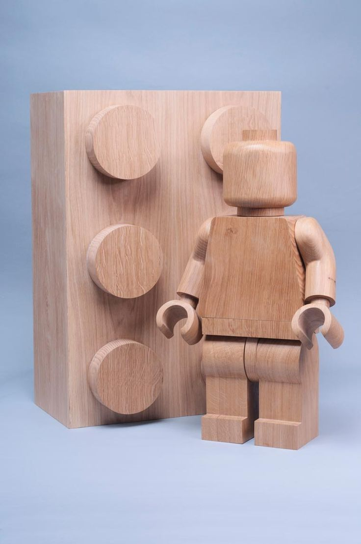The French designer Baptiste Tavitian, aka BTmanufacture, produces some beautiful wooden LEGO figures, using the original design of the famous minifigs. A ni