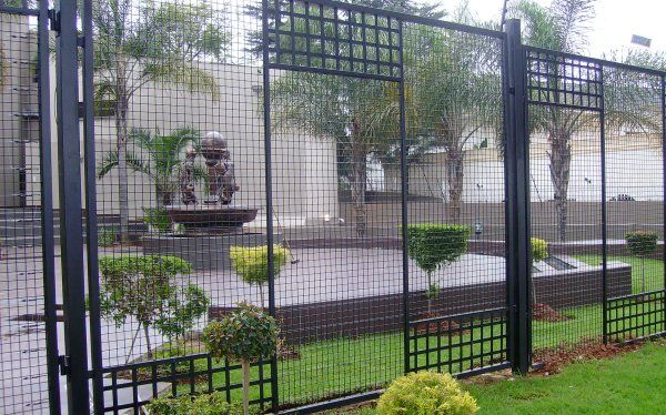 Whilst #security solutions is a necessity for South African properties, they don't have to be unsightly