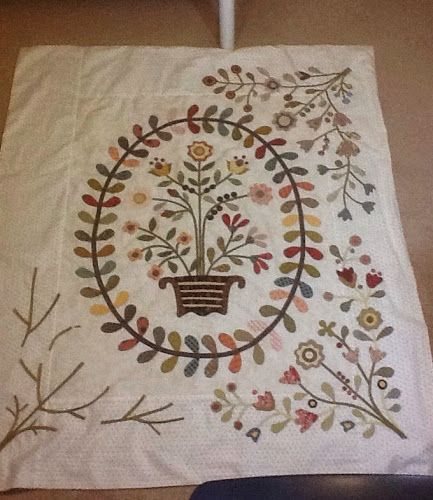 Braided Quilt Border Pattern Home : 692 best images about Quilts Applique on Pinterest Aunt, Quilt designs and Wool applique quilts