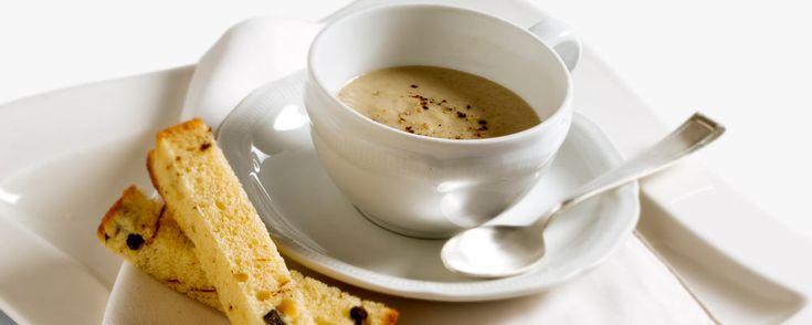 Ristorante da Miron - Cocofungo: Cappuccino ai porcini e pan brioche ai capperi e peperoncino