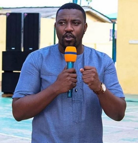 Dont love money  Dumelo   Ghanaian movie star John Dumelo has advised his fans to emulate the lifestyle of outgoing first lady of the United States Michelle Obama who stood beside her husband despite he (Barack Obama) had nothing at that time. The movie stars post read Michelle met Barack when he was nobody. But today they are the most powerful couple on earth. She stood by him over 25 years and shaped his life's dreams and today he celebrates her. Likewise Philip May supported Theresa May…