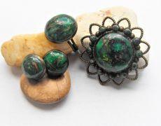 Set VERDE -  brosa,cercei si inel cu caboshoane din argila polimerica