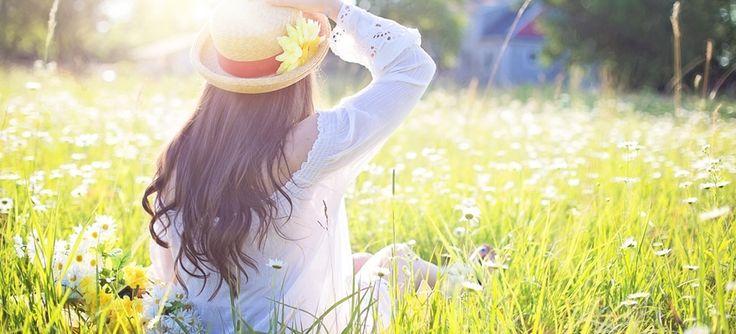 Egész évben mindössze augusztusban közelíti meg a lakosság D-vitamin szintje azt a mértéket, amely fölött már nem beszélhetünk hiányállapotról. Az év nagy részében a lakosság D-vitamin hiányban szenved.  D-vitamin raktáraink októberre kimerülnek. Induljunk ki abból, hogy az evolúciója során az ember rengeteget tartózkodott a napon, és nem igen viselt ruhát a nagy melegben.A D-vitamin eltér a többi vitamintól. Zsírban oldódó, hővel szemben ellenálló, szteroid hormonok családjába tartozó…