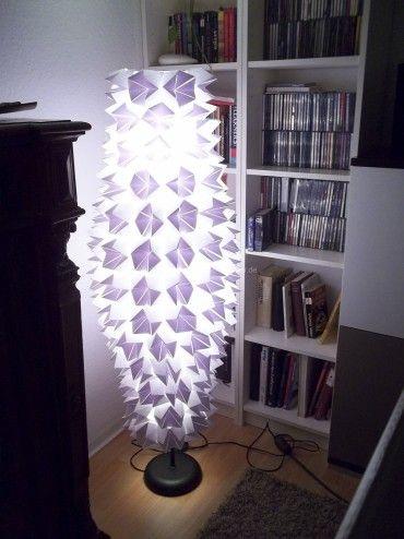 lampenschirm umgestaltet marc schreibt wir hatten eine alte ikea stehlampe mit papierschirm. Black Bedroom Furniture Sets. Home Design Ideas