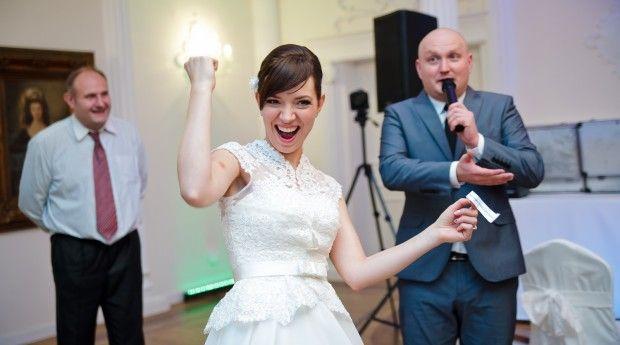 DJ wodzirej na wesele – dlaczego warto zdecydować się na jego usługi
