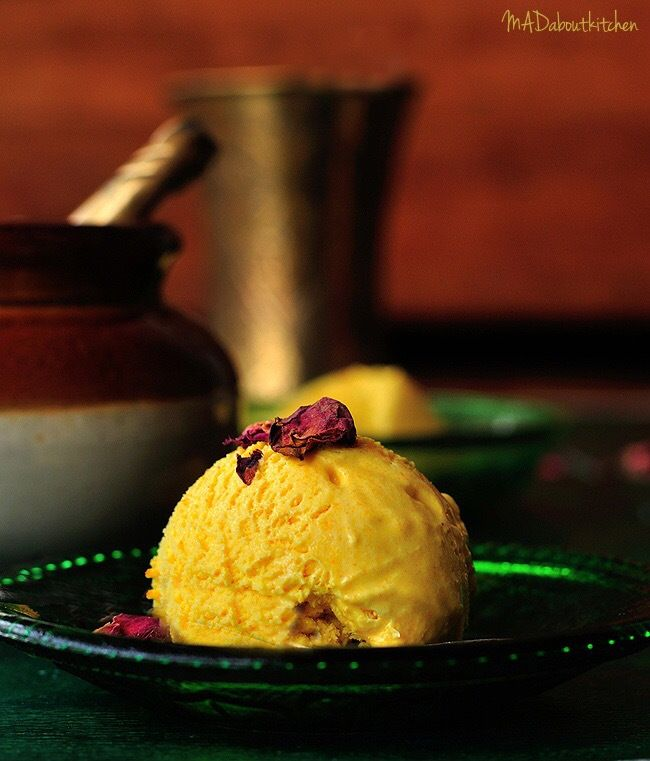 GOLDEN TURMERIC ICECREAM is a perfect way to introduce turmeric into into desserts for summer. Turmeric icecream also has flavours of black pepper and rose.