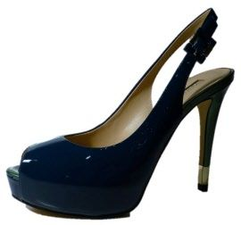 Elegant slingback shoes with high heels, by Guess. Shop online