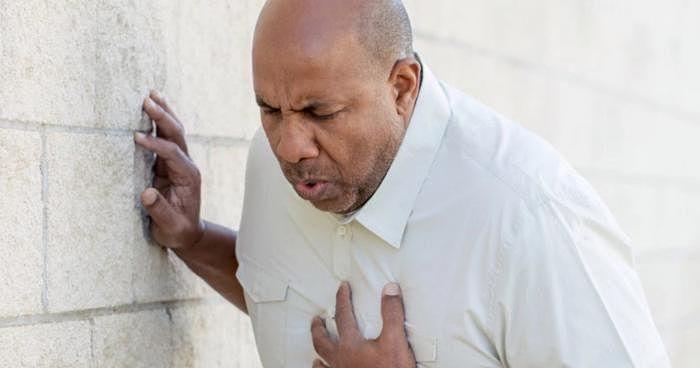 13 peligrosos síntomas que alertan de colesterol alto y dieta saludable para tratarlos