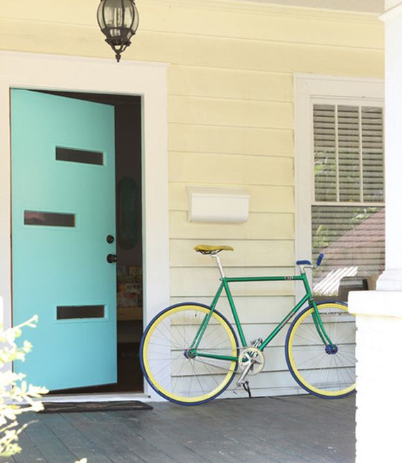 Love the midcentury modern turquoise front door // Paint colors that match this Apartment Therapy photo SW 0075 Holiday Turquoise SW 7757 High Reflective ... & 13 best Door styles images on Pinterest | Cabinets Craftsman door ... pezcame.com