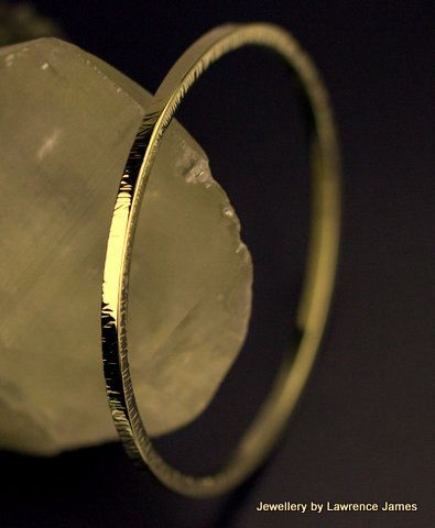 Solid 14K bangle24g polished textured by LJamesJewellery on Etsy