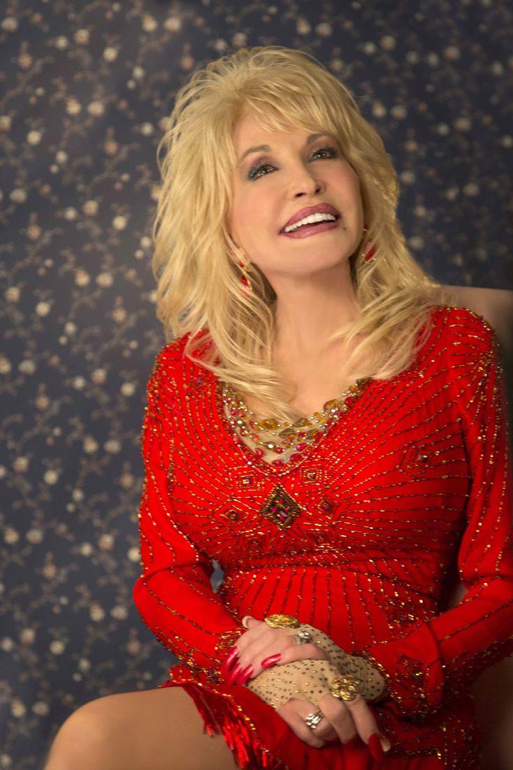 Dolly Parton celebrates 'Blue Smoke' album release with TV appearances