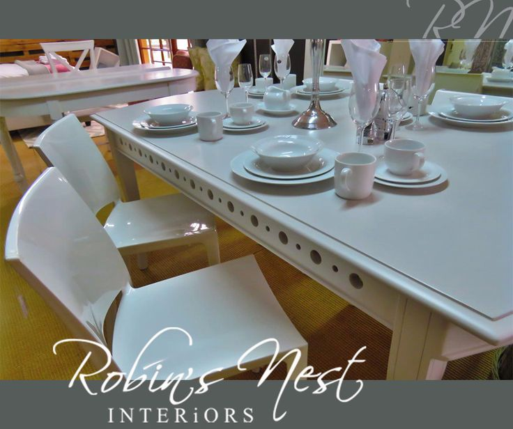 For the perfect table setting with divine glasses, plates and decorative ornaments, come down to #RobinsNestInteriors. #ceramicfactory #interiordesign