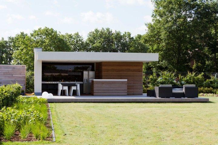 Moderne buitenkeuken met bar overkapping pinterest for Moderne tuin met overkapping