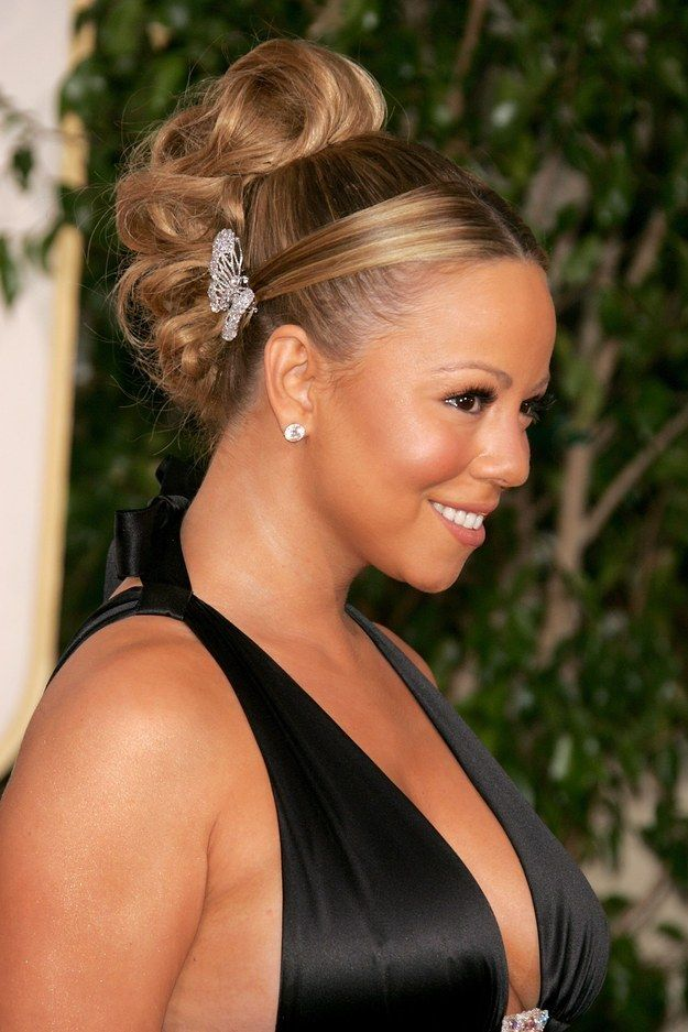 Mariah Carey's butterfly clips. | 17 '00s Hairstyles You Have No Idea Why You Wanted