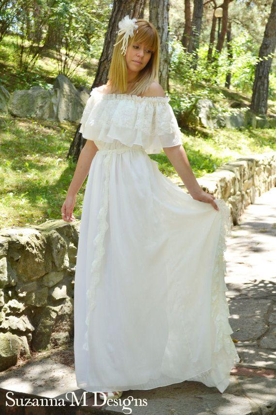 Long Wedding Dress Ivory Lace Wedding Dress by SuzannaMDesigns, €475.00