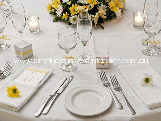DL menus can be added to the napkin, sitting flat or in a napkin pocket