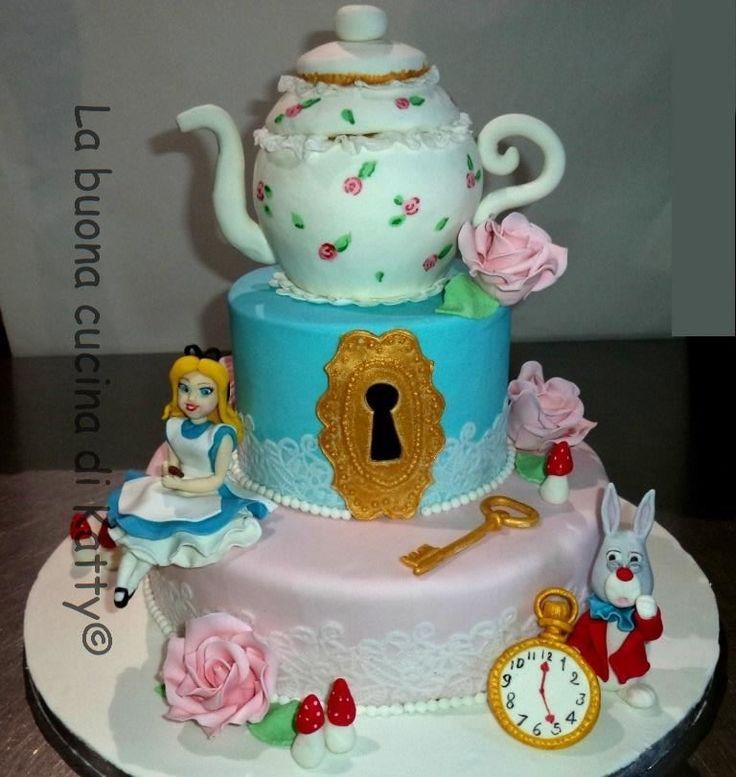 Katty's cakes - Le torte di Katty : Alice in Wonderland Cake - Torta Alice nel paese delle meraviglie