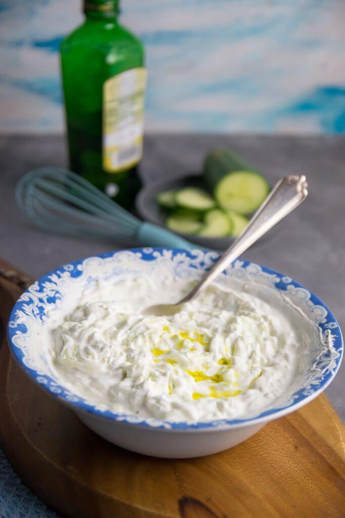 Mit diesem einfachen Rezept schmeckt dein Tzatziki wie beim Griechen
