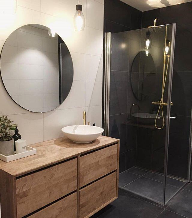 Repost @design_glede Servantskap i beiset bjørk.  # møbelsnekker #design #interior #baderom #innredning