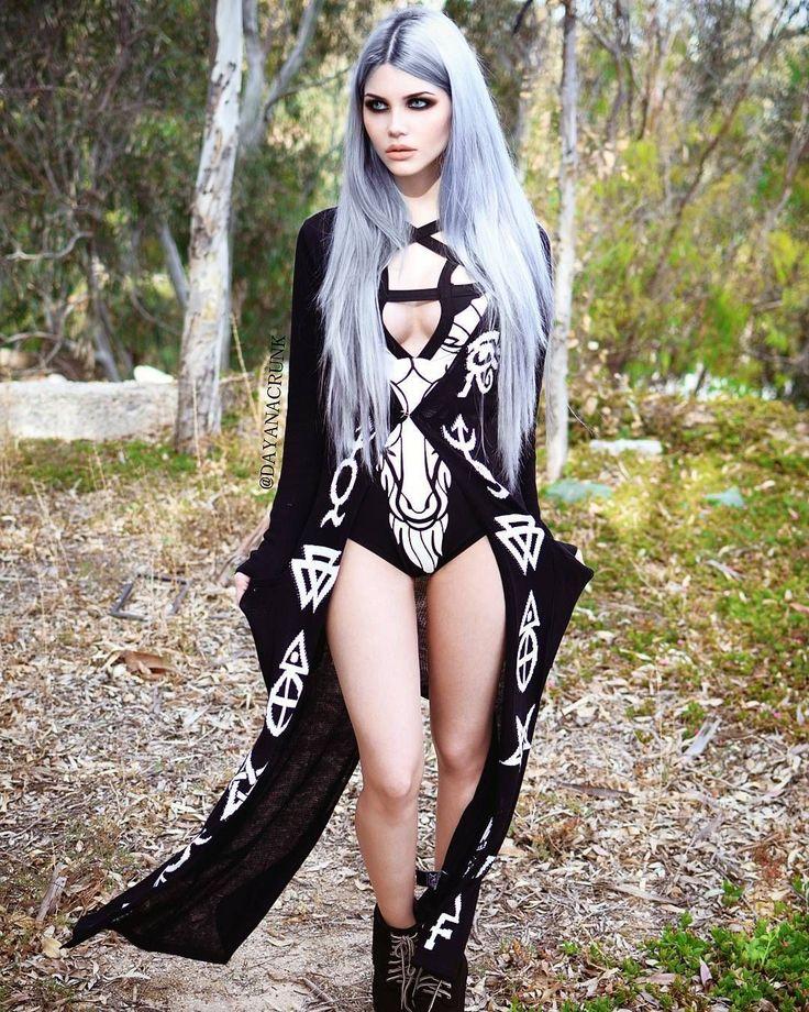 Goth sexy girl