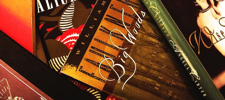 Подбор литературы для сценаристов осуществляется путем поиска авторов произведений, которые подходят к реализации и переработки в сценарий для последующего производства видео продукта, после чего оформляется соответствующие документы на использование литературы и написание сценария.