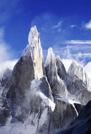 Gunung Tersulit Untuk Di Daki Di Dunia . Hobi mendaki gunung atau panjat tebing?…
