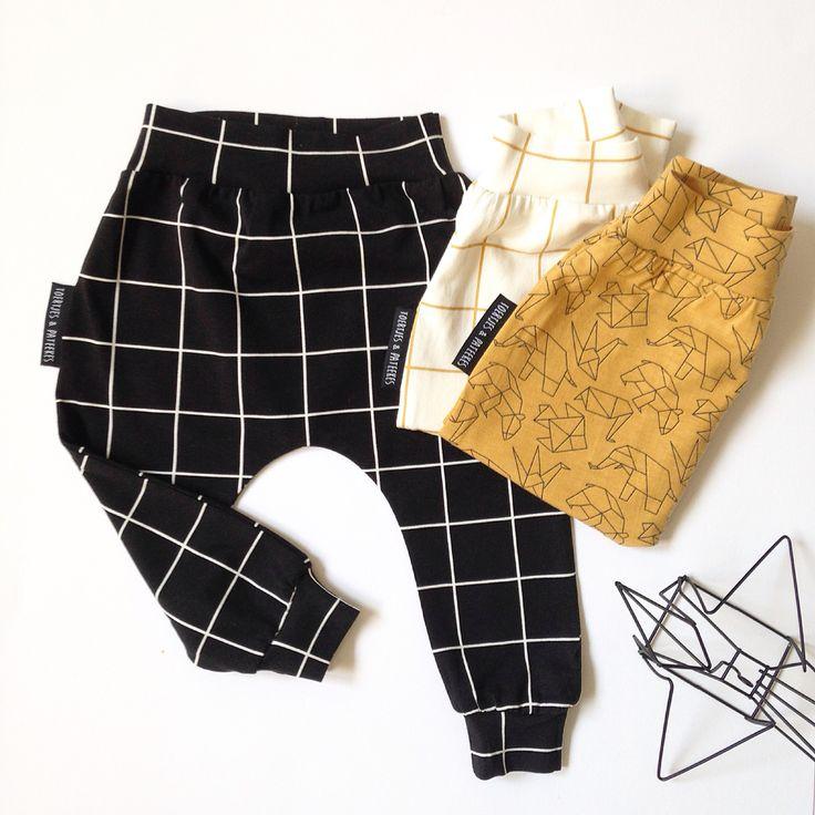 Free pattern ( oliverpants) from emmaenmona.blogspot.com and  myminniemie.blogspot.com