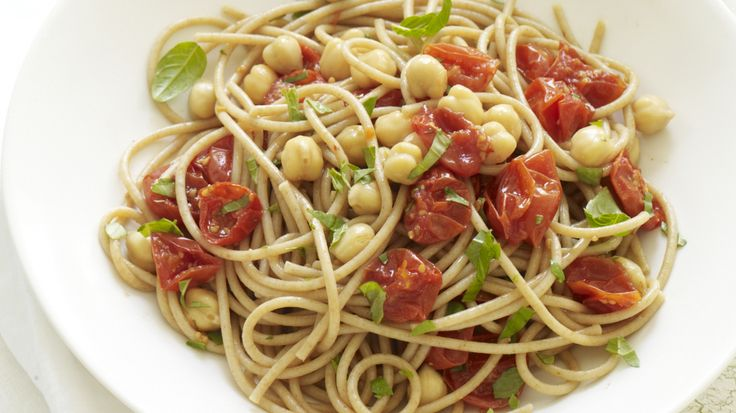 Spaghetti with Roasted Tomatoes, Chickpeas, and Basil #recipe Basil ...