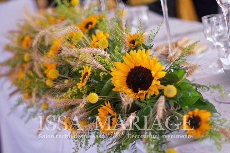 Decoratiuni florale masa prezidiu IssaMariage