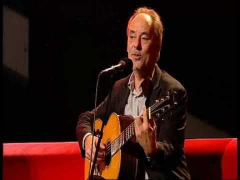 """""""La rouille"""". Maxime chante ,ici en 2002, une chanson de son premier album """"Mon frère"""" sorti en 1971."""