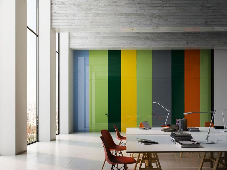 LInvisibile - Infinito   Onzichtbare Designdeuren - Afgewerkt met gekleurd glas