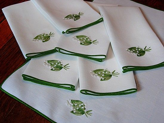 Em сердце антикварный постельное белье-античная Porthault вышитые полотенца