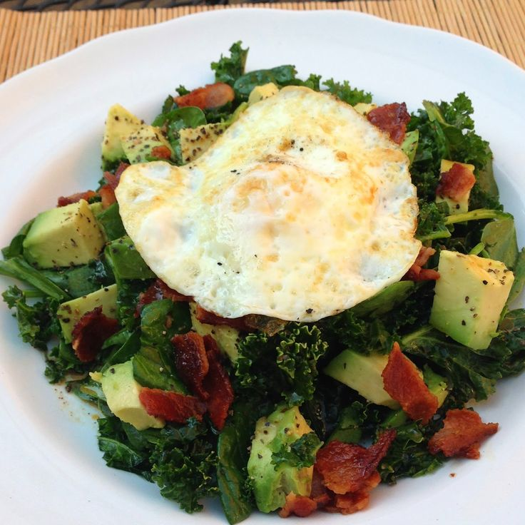 taylor made: catch-up and a spinach & kale salad with warm bacon vinaigrette & fried egg