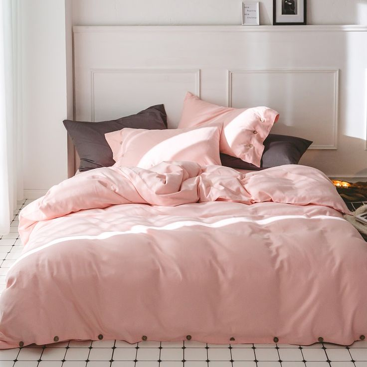 Bedding set Outlet Pink Red Purple Bedding Sets Queen King size Thick Cotton Winter Duvet Cover Bed sheet set Pillowcases. Yesterday's price: US $146.67 (119.83 EUR). Today's price: US $93.87 (76.25 EUR). Discount: 36%.