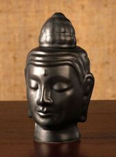 buddha aromatherapy diffuser- I want him for my yoga room :)