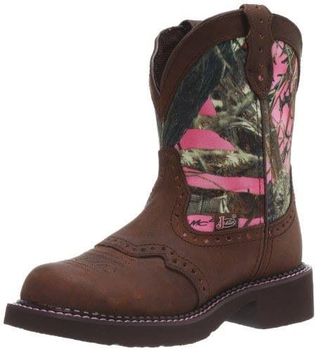 Pink camo boots by Justin. Super Cute!!