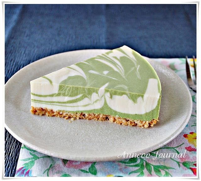 green tea cheesecake- This is beautiful! And cheesecake is super easy to make LC- just replace the sugar with granulated sweetener and almond meal instead of graham crackers for the crust