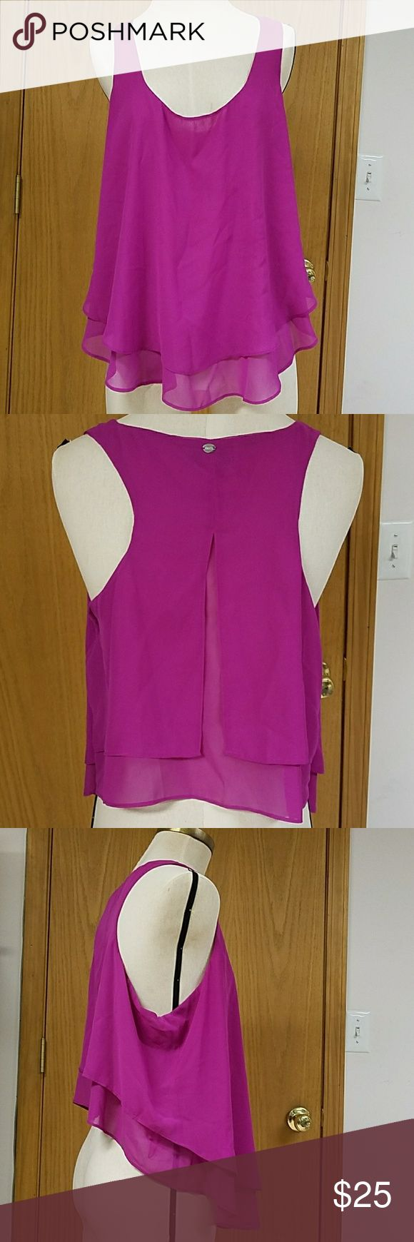Flowy Guess Blouse Beautiful vivid magenta color, tank top cut, hangs low in the front and falls high in the back, sexy/cute style Guess Tops Blouses