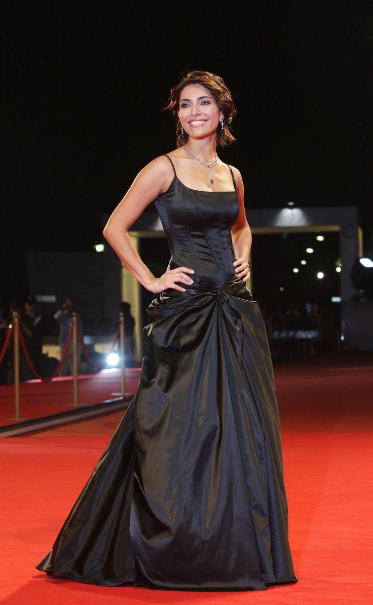 Bond Girl Casino Royale Dress 85 best images ...