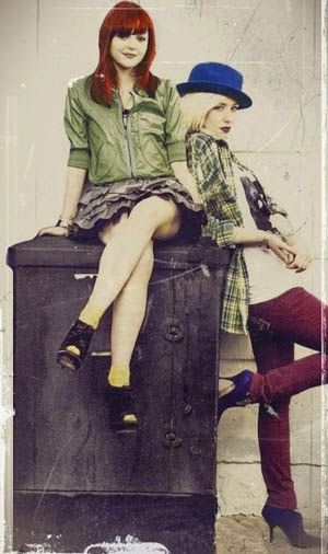 Kathryn Prescott & Lily Loveless. Love Lily's outfit.