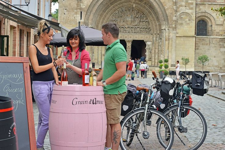 Balade à vélo à Moissac (Tarn et Garonne) - Joël DAMASE - ADT Tarn et Garonne #TourismeMidiPy #MidiPyrenees #France #Randonnée #vtt #velo #pyrenees