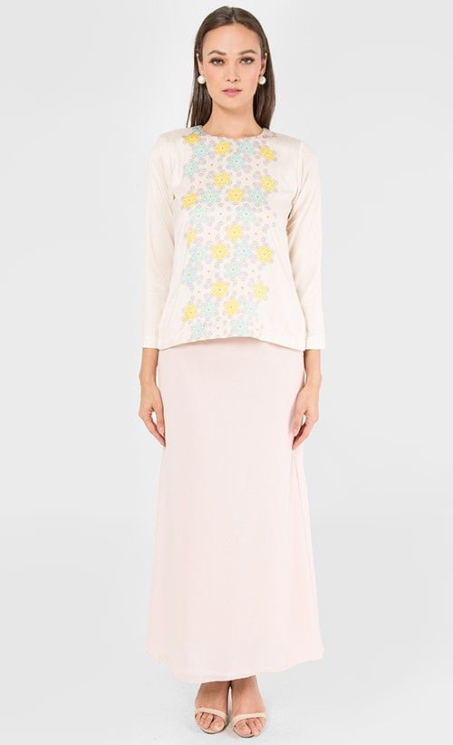 Elm Kurung in Nude and Baby Pink