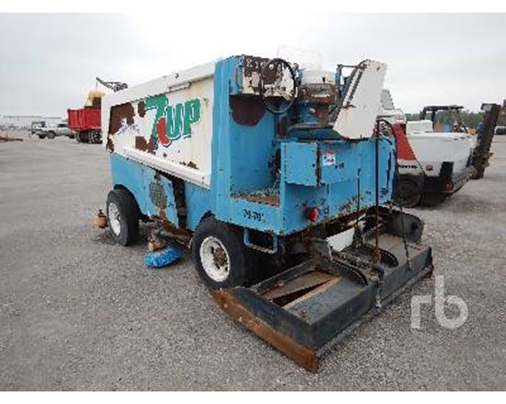 Used Zamboni 100 For Sale >> Best 25+ Snow removal equipment ideas on Pinterest | Snow removal services, Tractor snow plow ...