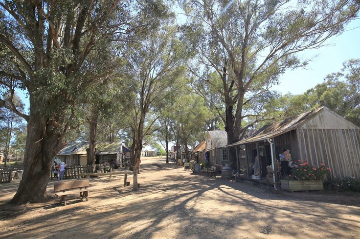 Eat, Travel & Play: The Australian Pioneer Village - A great way to st...