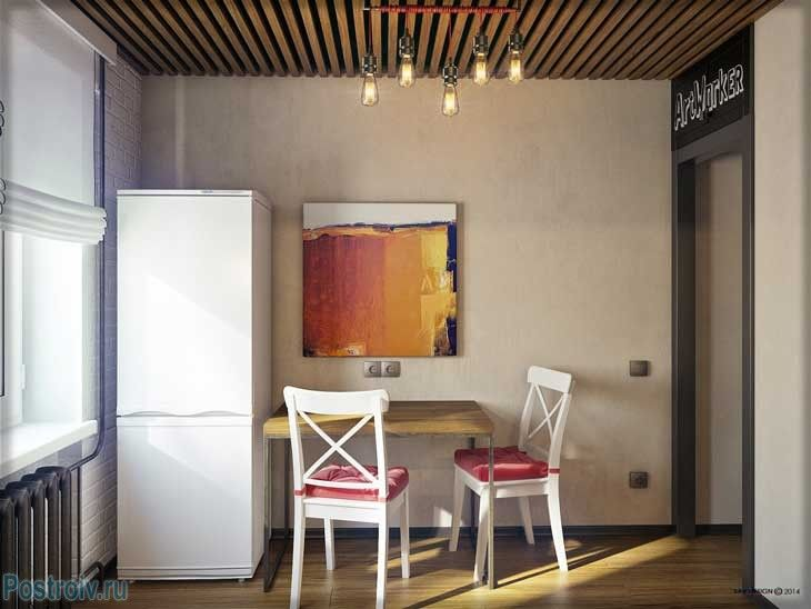 Небольшая обеденная зона на кухне на два стула - Фото