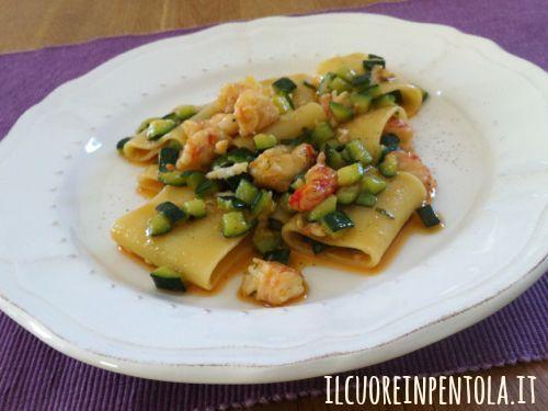 pasta-con-gamberi-e-zucchine