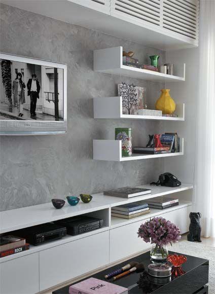 Ideia para parede oposta a da TV (pendurar quadro de NY - borda preta e espaço branco)