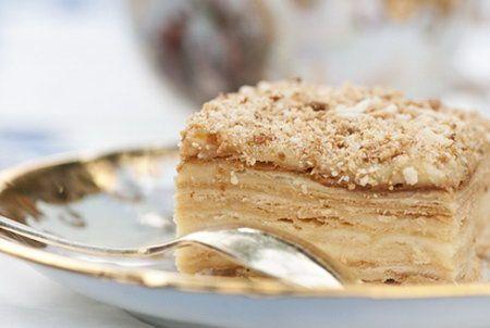 Торт Наполеон. Рецепты торта Наполеон. Как правильно готовить торт Наполеон. Как приготовить дома торт Наполеон вкуснее, чем в ресторане - полезные советы кулинаров.